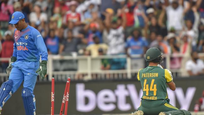 Indian wicket keeper MS Dhoni runs out South African batsman Dane Paterson.