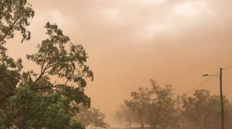 Belinda Percival shared this photo of the incoming dust storm near Charleville.