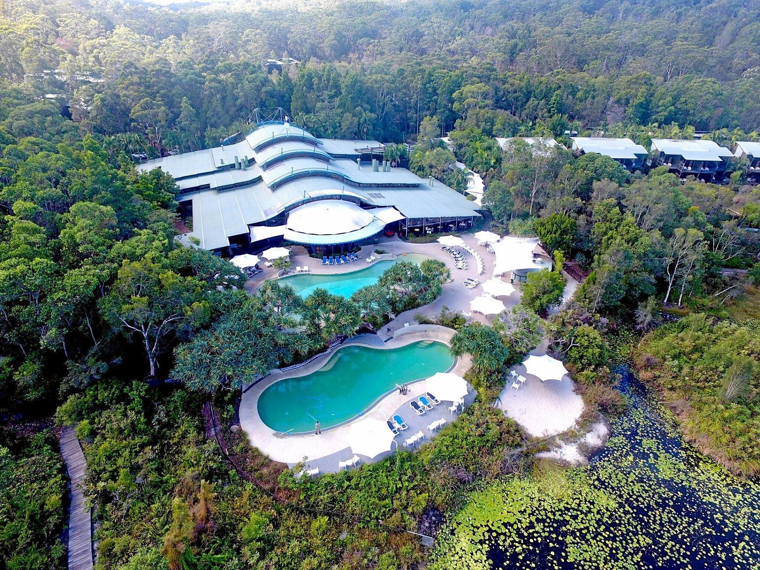 Aerial image of Kingfisher Bay Resort.