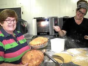 Contest kneads entries for Apple Day offerings