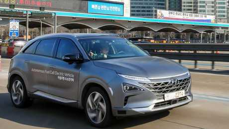 Hyundai will deliver 20 Hyundai Nexo hydrogen fuel-cell vehicles to the ACT Government. Pic: Supplied.
