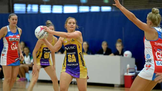 GAME MODE: Lightning goal attack Steph Wood against the Swifts.