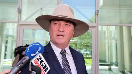 Nationals MP Andrew Broad calls for Barnaby Joyce's resignation