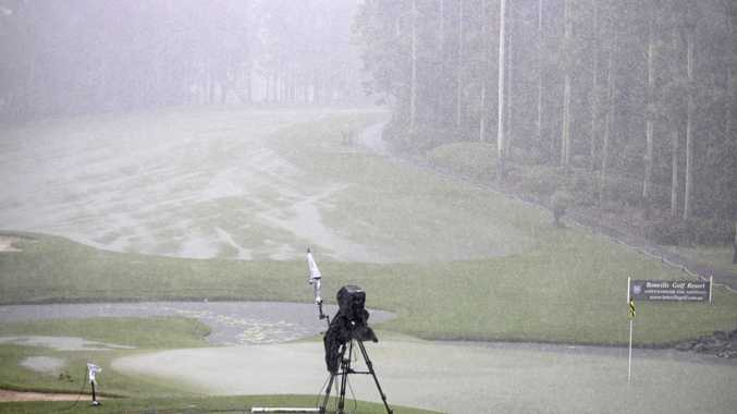 Downpour suspends play at Bonville