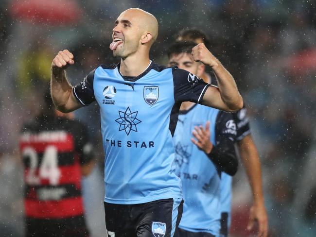 Adrian Mierzejewski of Sydney FC celebrates.