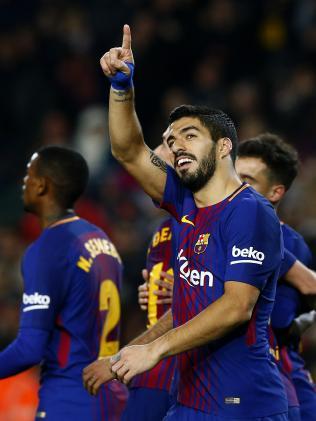 FC Barcelona's Luis Suarez celebrates