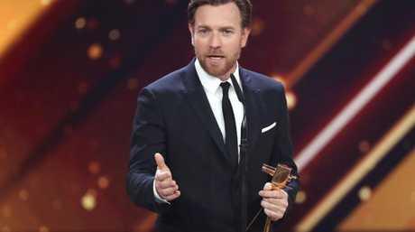 Ewan McGregor, receiving best international actor at the Golden Camera awards in Hamburg last week, has reportedly split from his younger lover.