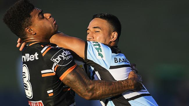 Valentine Holmes sizzled for the Sharks.