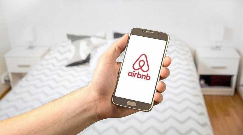 Noosa Council wants Airbnb hosts to contribute to the region's tourism levy.