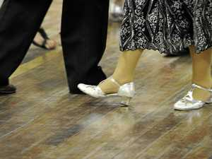 Swing along to Belli's old-time dance