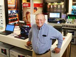Harvey Norman profit plunges