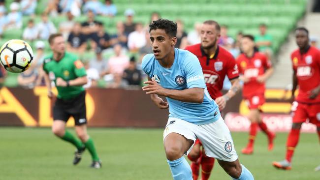Daniel Arzani of the City runs with the ball