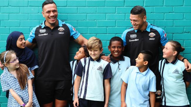 Sauaso Sue and Malakai Watene-Zelezniak at The Grange Public School in Minto. (Brett Costello)