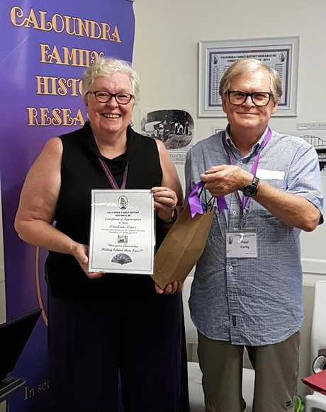 Guest speaker, Pauleen Cass was thanked by Paul Carty at the Caloundra Family History Society meeting recently.