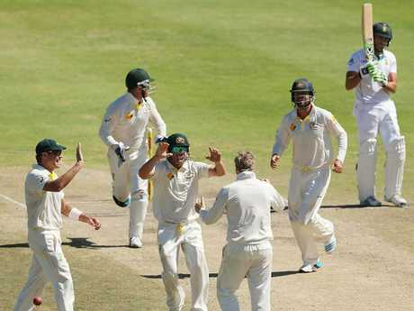 1st Test: Australian batsmen kept in check in South Africa