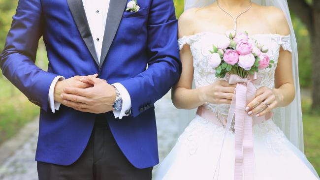 A bride set out to destroy her wedding photographer's business after she was unhappy with her wedding photos, a court in Canada has heard.