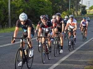 Club cyclists fast and furious race