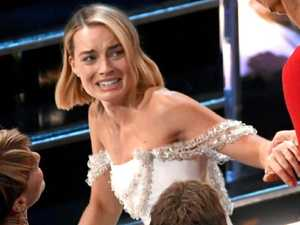 Margot Robbie's wardrobe malfunction
