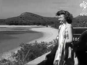 1946 newsreel: Mackay's plan to be Australia's winter resort