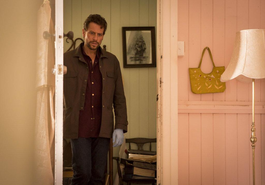 Ioan Gruffudd stars as Dr Daniel Harrow in Harrow.
