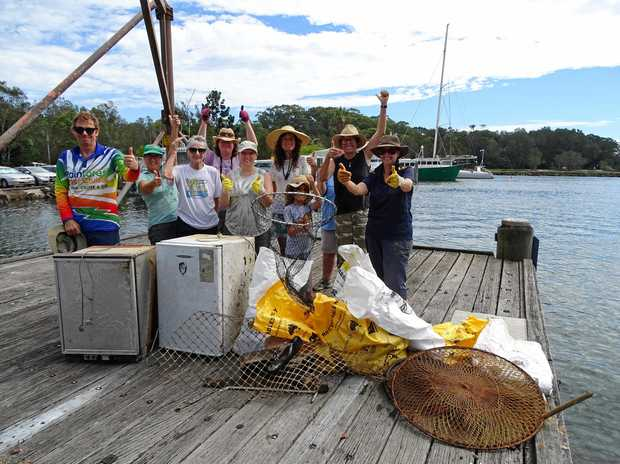 DIRTY WORK: Brunswick River Clean Up netted 200kg of rubbish.