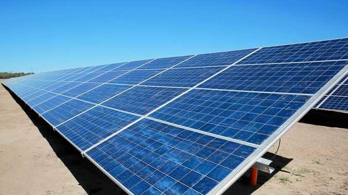 More than 2500 jobs and 1200 megawatts of renewable energy have been guaranteed as part of Queensland's solar farm boom.
