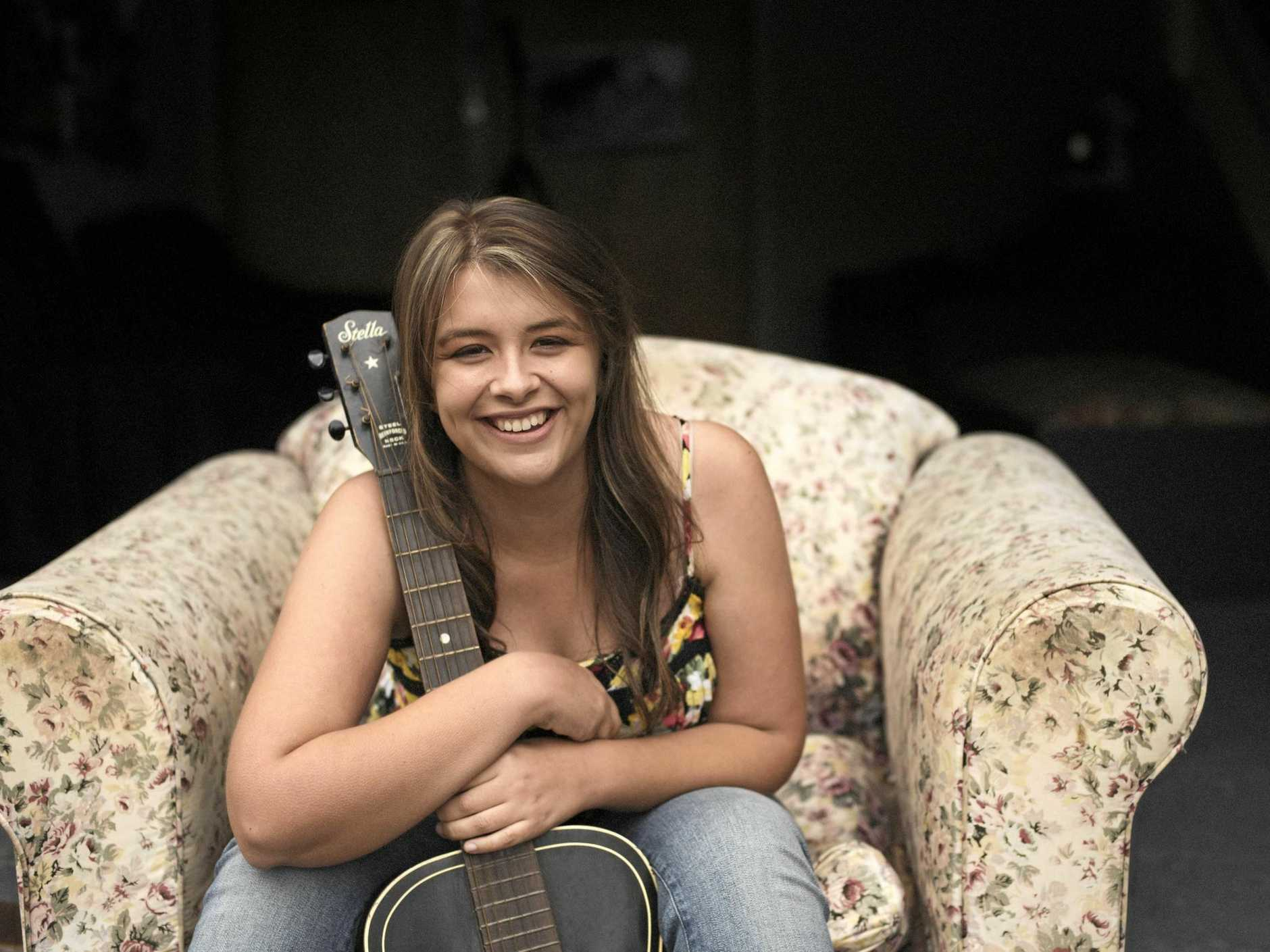 SONGBIRD: Alice Benfer will play the Silky Oak Tea Gardens on Sunday afternoon.