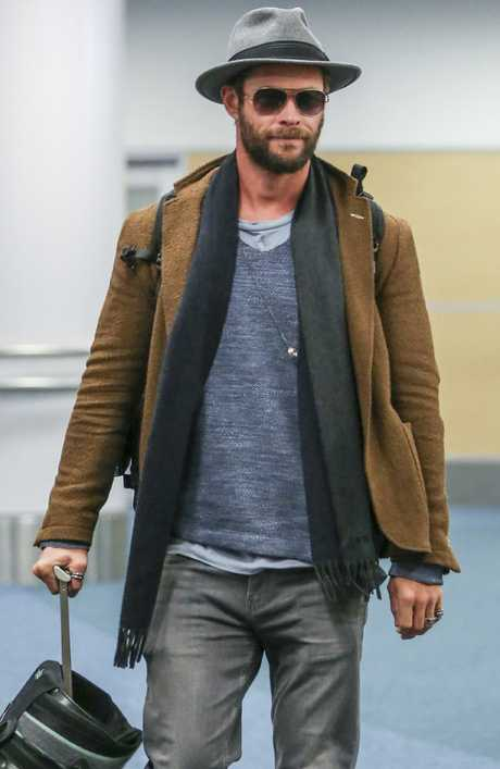 Chris Hemsworth says he was jealous of his 12 Strong co-star Trevante Rhodes' abs. Picture: TheImageDirect.com/MEGA TheMegaAgency.com