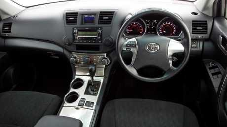 KX-R cockpit: Most common grade in listings.