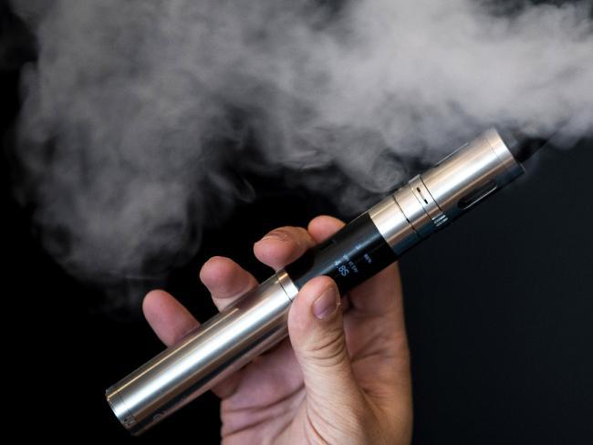 E-cigarettes may contain poo, pesticides