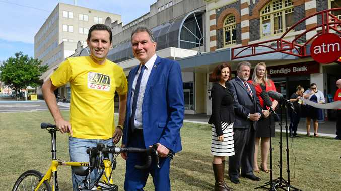 Troy Dobinson of 24/7 Cycle Safety Fund and David Morrison at the Ipswich Cycle Park funding announcement in 2017.