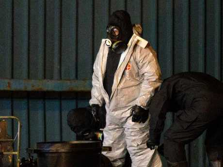 Police officers aer wearing protective suits as they investigate the poisoning. Photo: Jack Taylor/Getty Images