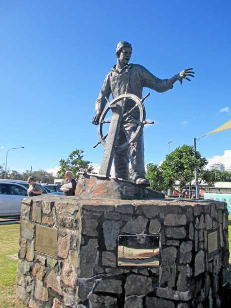 Lost Fishermen Memorial, Fishermans Park, Parkyn Parade, Mooloolaba, 2013