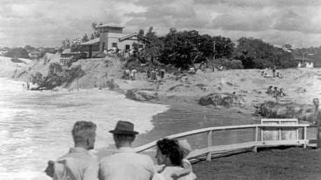 Spectators watching surging seas at Kings Beach ca 1954