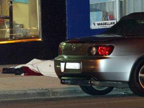 21/07/2003. Shooting of criminal Willy Thompson in Waverley Road, Malvern, near Warrigal Rd. Murder. Shoot. Digital Image.