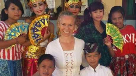 Australian Rachel Bergsma, who has lived in Bali for 10 years, is reminding tourists about the dress code on the holiday island.