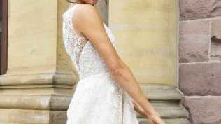 Meghan Markle as Rachel Zane in a wedding dress on the TV show Suits. Picture: Supplied