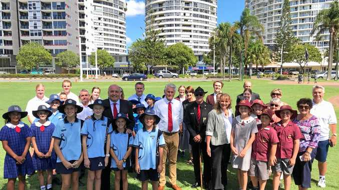 MEMORIAL: Minister David Elliot and Tweed MP Geoff Provest, Mayor Katie Milne, David Bell from Tweed Heads-Coolangatta RSL  and Daphne Mellor  with local principals and   students .