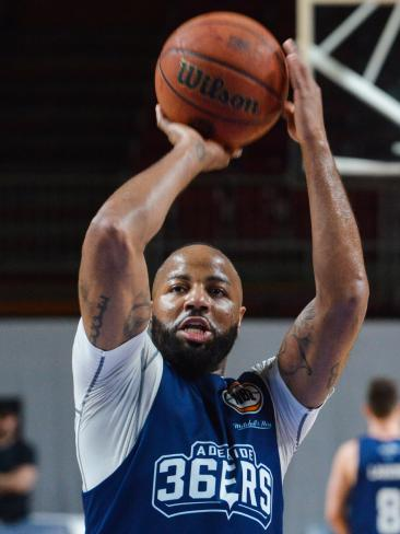Shannon Shorter at Adelaide 36ers training on Monday. Picture: AAP Image/ Brenton Edwards