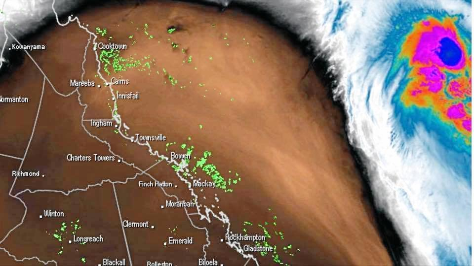 Potential Tropical Cyclone Linda moving closer to the Queensland coast. Photo courtesy of Weatherzone, via Higgins Storm Chasing.