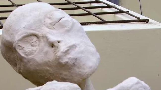 Three-fingered mummies found in Peru are not human, scientists say. Picture: YouTube