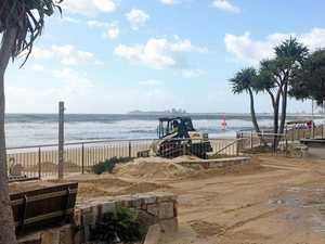 Huge tides, heavy seas as Linda closes beaches
