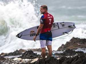 Fanning stays alive in final Quiksilver Pro