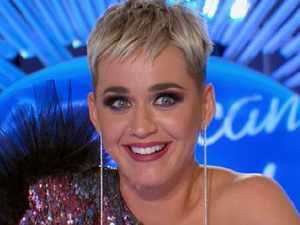 Katy Perry has wardrobe malfunction