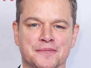 Matt Damon tells Ellen about Jelly Fish attack