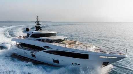 Superyacht Oneworld