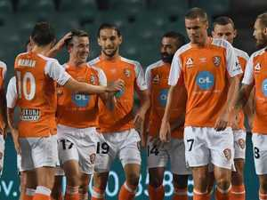 Roar stun Sydney as resurgence continues