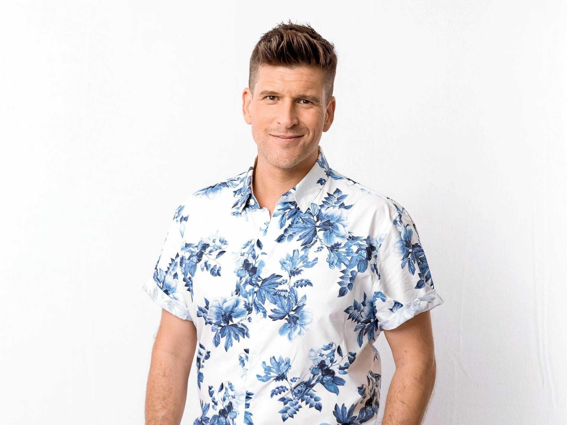 Osher Gunsberg hosts the TV series Bachelor in Paradise.