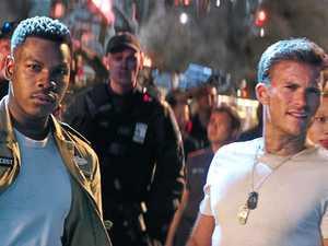 Scott Eastwood, John Boyega team up against alien invaders