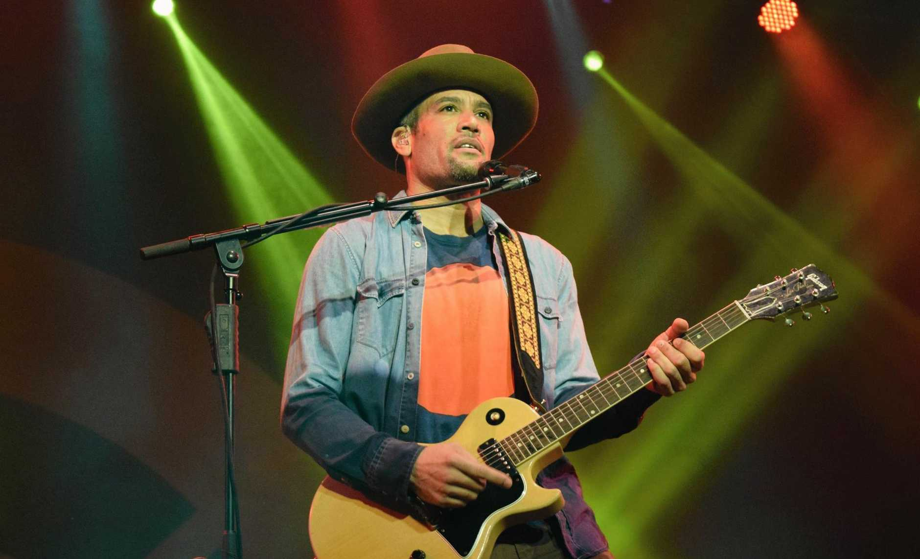 MR BLUESFEST: Ben Harper and the Innocent Criminals.  Photo Christian Morrow / Byron Shire News
